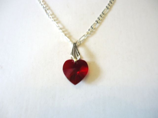 Check out my Valentines Day Gift blog at https://juliedeeleyjewellery.wordpress.com