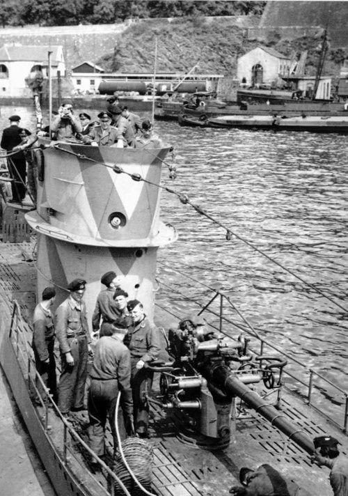 German submarine U-204   History - World War II ...