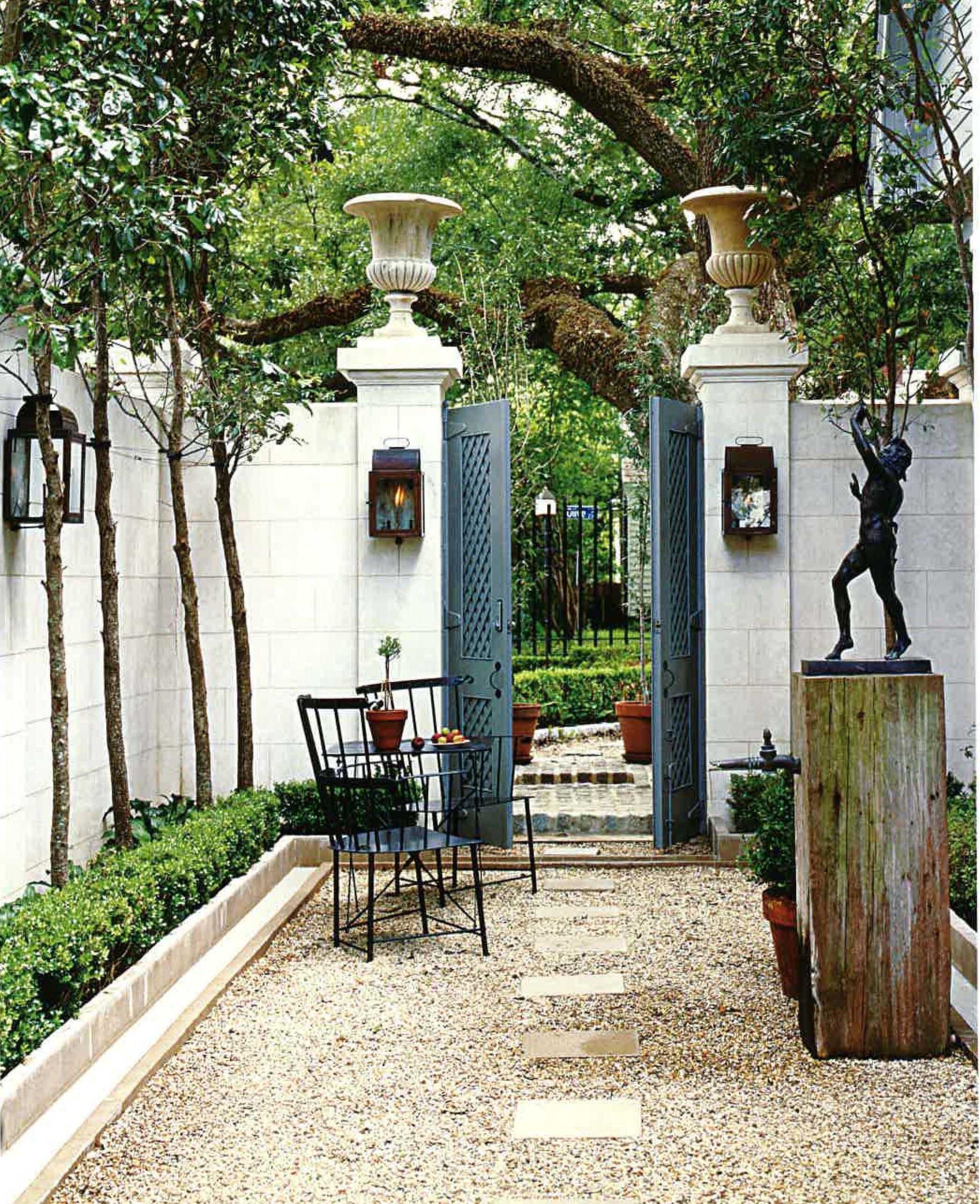 Very French. Modern fence, Backyard fences, Fence design