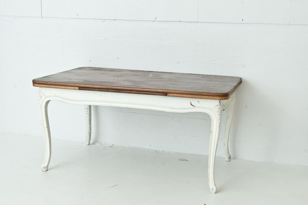 Display + Tables : Trove Vintage Rentals  $125 mid size table