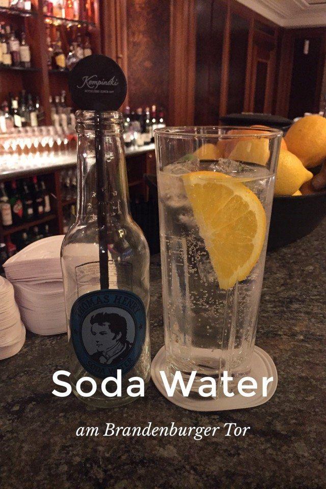 Soda Water am  #Brandenburger Tor kurze  #Mittagspause  #Berlin  #Mitte