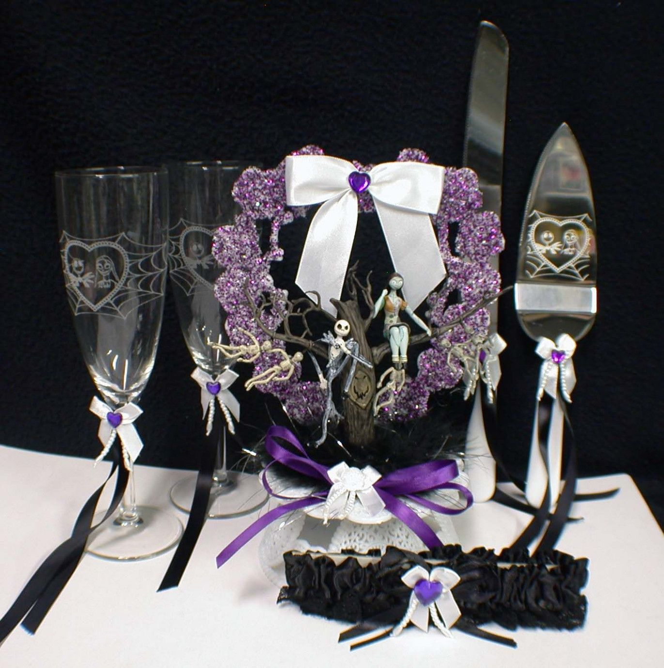 Nightmare Before Christmas Wedding Ideas   wedding photo   Pinterest ...