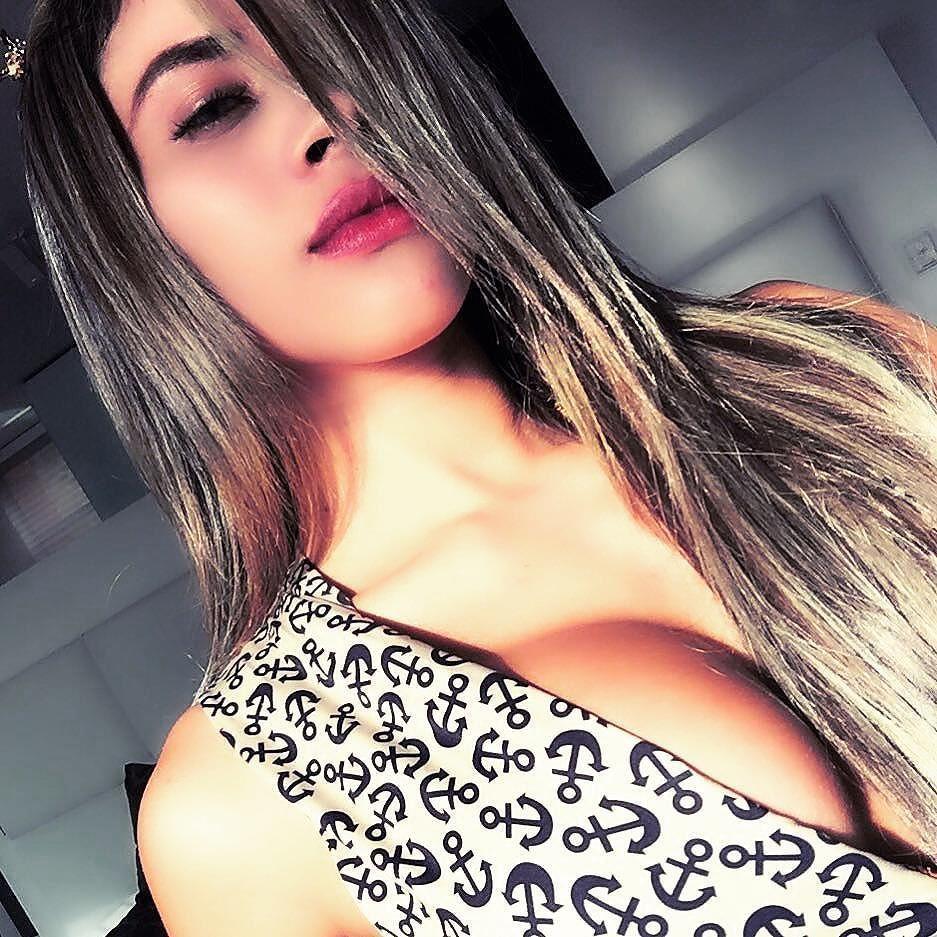 https://instagram.com/p/8d9P24n4Qy/?taken-by=mujeresbellascolombia
