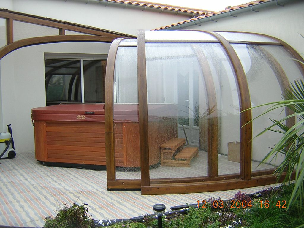 enclosed hot tubs enclosure abrisud pool enclosure. Black Bedroom Furniture Sets. Home Design Ideas