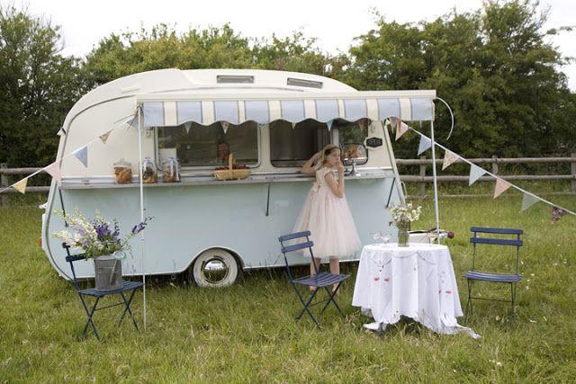 I Love The Vintage Food CaravanIt Would Be Cute Set Up As