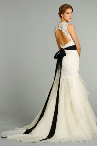 Trumpet Sweetheart Lace Bodice Tulle Chic Wedding Dress With Black