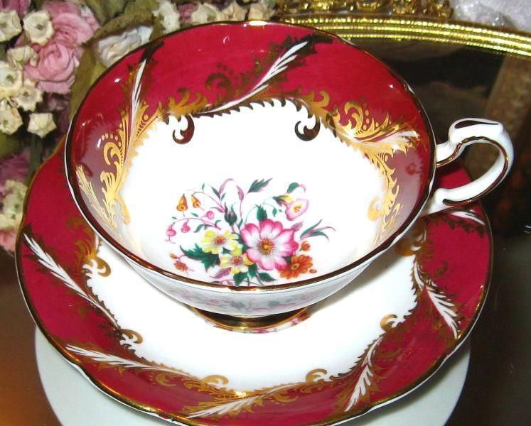 Paragon Tea Cup And Saucer Red Gold Floral Center Bone China Teacup Tea Cups Paragon Tea Cup Cup