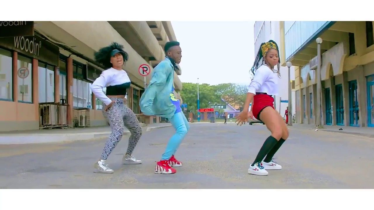 dj flex - best afrobeat twerk dance by dope GHANAIAN DANCERS