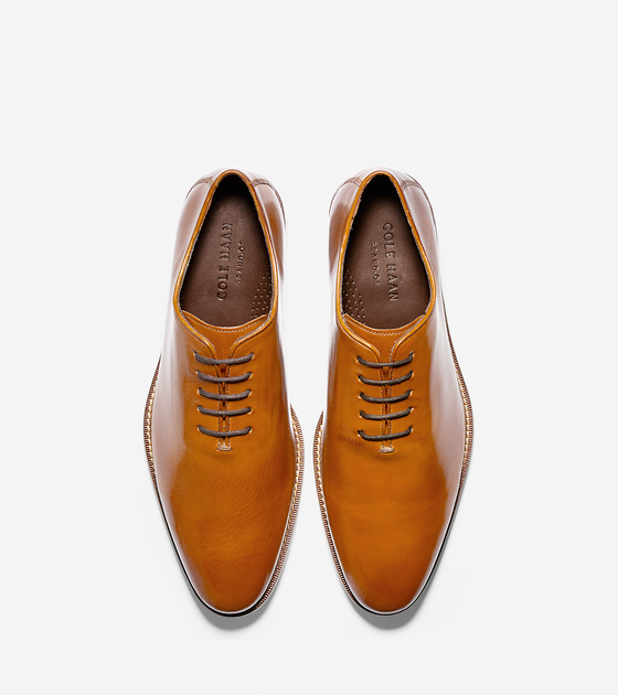 <h2>Introducing The Preston Oxford Collection: Get a distinguished foot in the door with burnished leather uppers on classic silhouettes.</h2>
