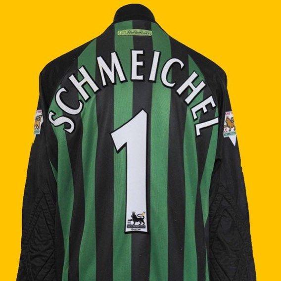 1997 United x Umbro goalie shirt M  6fce6842f