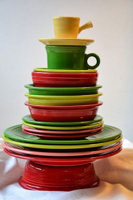 Fiesta Dinnerware stacked up into a Christmas Tree makes a lovely centerpiece! & Fiesta Dinnerware stacked up into a Christmas Tree makes a lovely ...