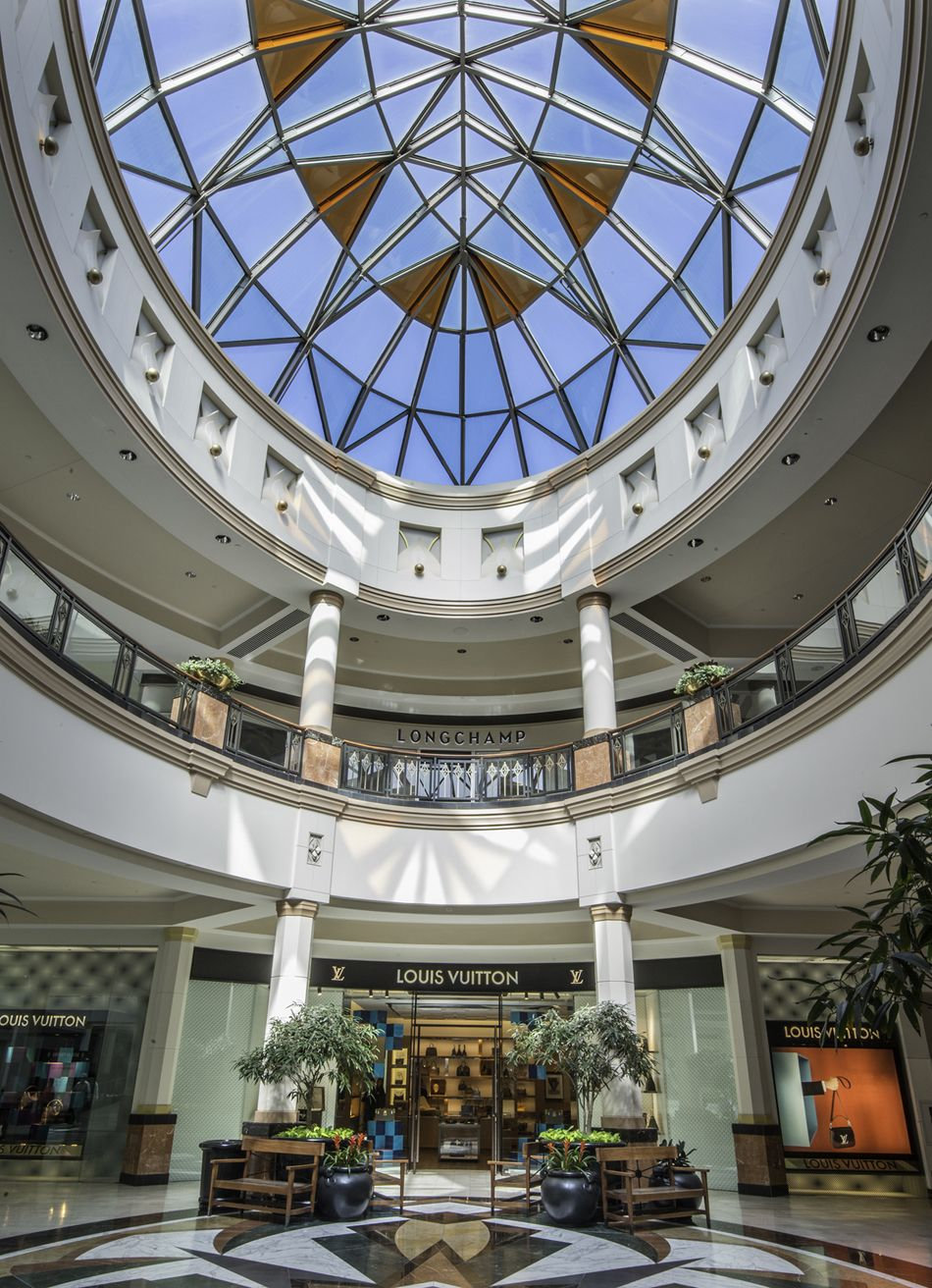 King of prussia mall features many upscale designers like - How many interior designers in the us ...