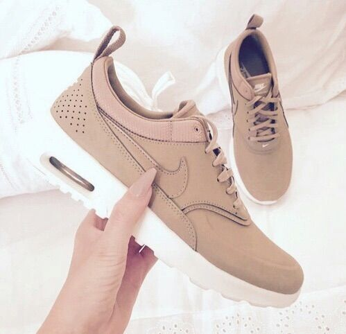 Nike & fashion.. get high | cute, fashion and girls