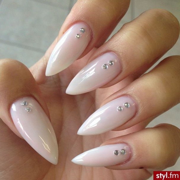 Natur Spitz Nails Pinterest Nagel Stiletto Nagel Und Schone