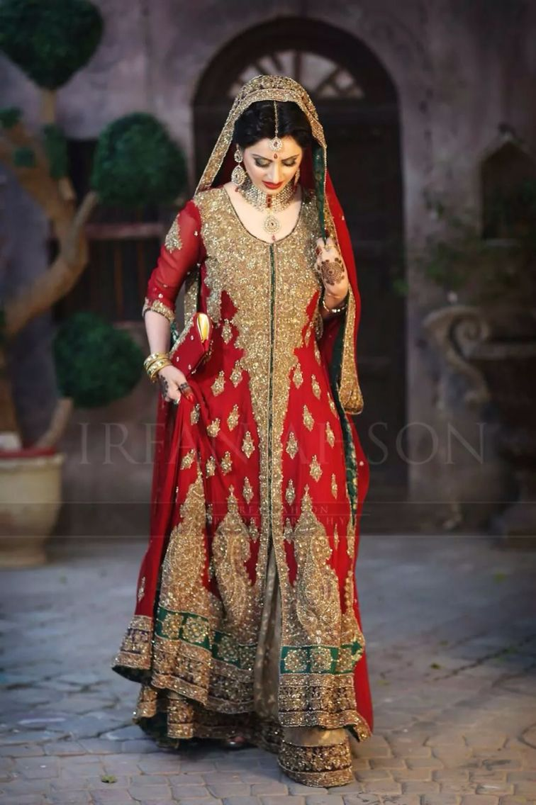d307f1a917 Pakistani bridal wear . Red dress , long dress. Pakistani lehnga red and  gold .