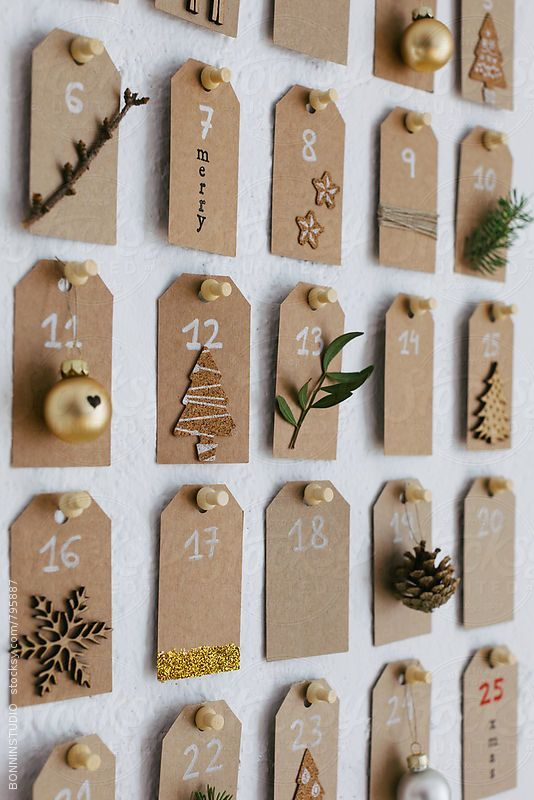 Diy Christmas advent calendar. by BONNINSTUDIO #calendrierdelaventdiy