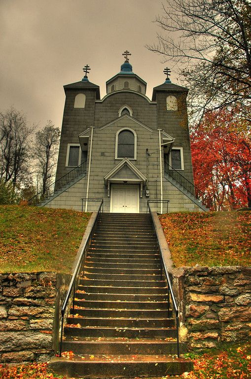 Abandoned Russian orthodox church in Centralia, PA (click through to the entire gallery by carlsismyhero)