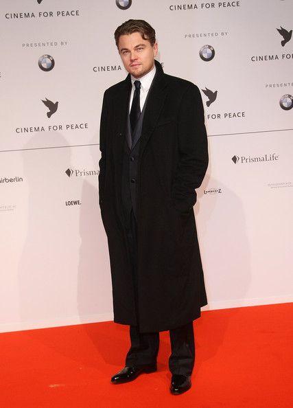 9a162ba4036 Leonardo DiCaprio Wool Coat - Leonardo DiCaprio Clothes Looks - StyleBistro