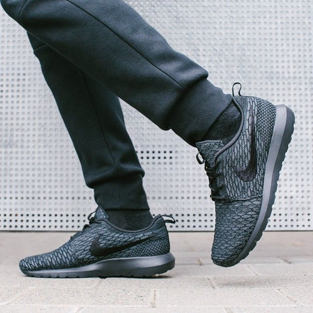 best sneakers 67022 d3d72 ... france nike flyknit roshe run midnight fog 9a2c0 15dbe