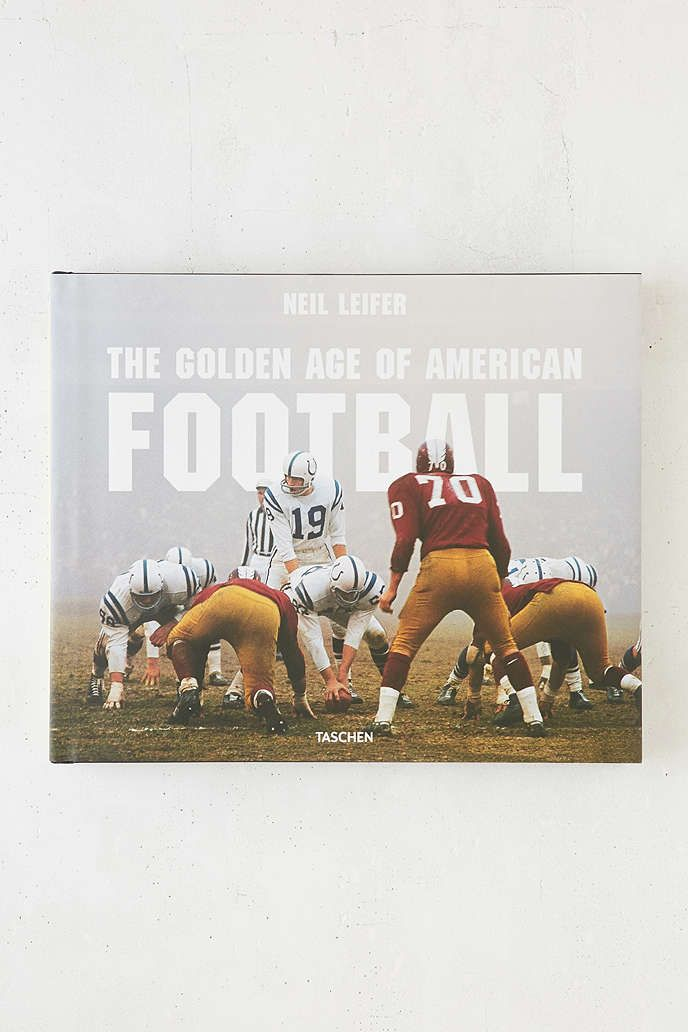 The Golden Age Of American Football By Neil Leifer - Urban Outfitters