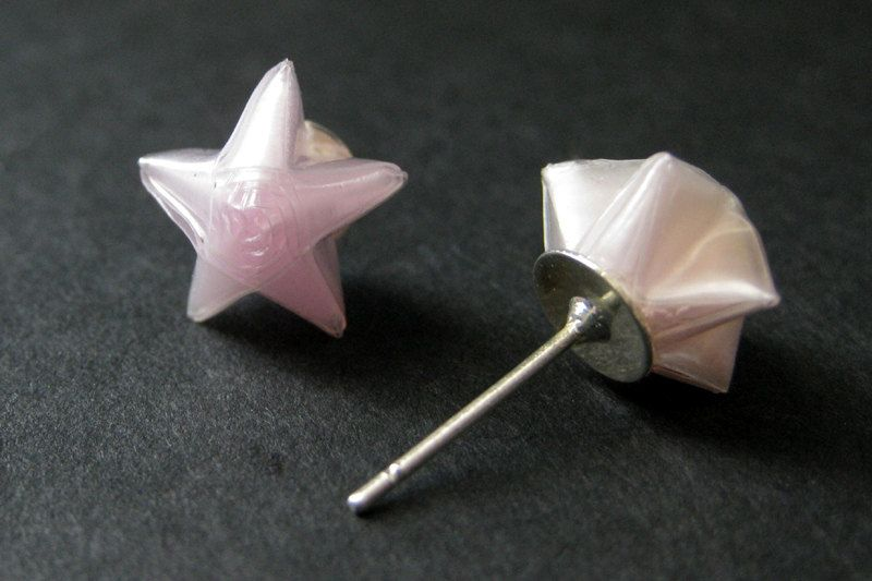 New to StumblingOnSainthood on Etsy: Pale Pink Origami Star Earrings. Pink Star Earrings. Origami Earrings. Pink Earrings. Silver Post Earrings. Stud Earrings. Origami Jewelry. (8.00 USD)