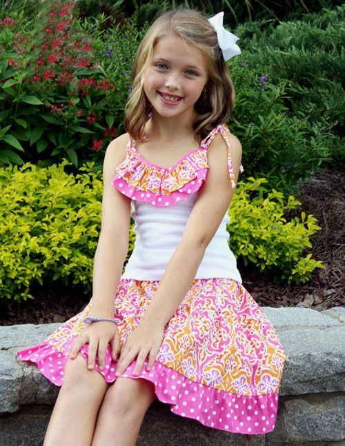 Little girls old-fashioned dress. Moesaki. 5 out of 5 stars (10) $ Favorite Add to See similar items Girl's Frontier Dress Pioneer Treck Rustic Clothing Laura Ingalls Prairie Dress Old-Fashioned Frock Anne Of Green Gables FolkloreFashions. out of 5 stars (84) $