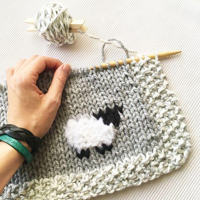 Ravelry: Oh My Sheep, ein Babydeckenmuster von Athena Forbes, #athena #babydeckenmuster #forbes #ravelry #sheep #babyblanket
