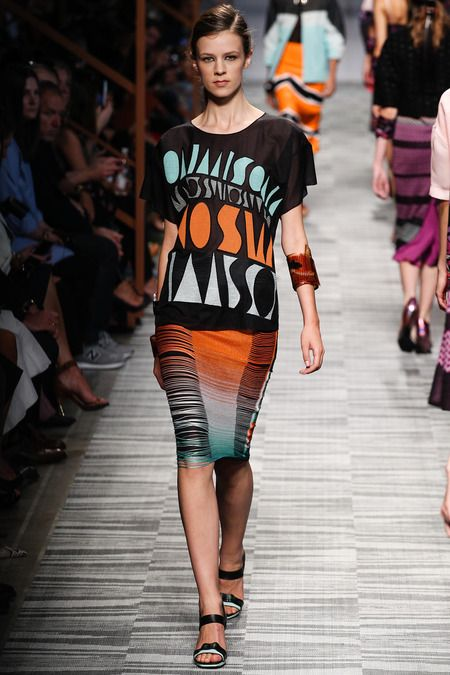 Fashion spring summer 2014 Missoni.  African inspired. orange and blue. pencil skirt