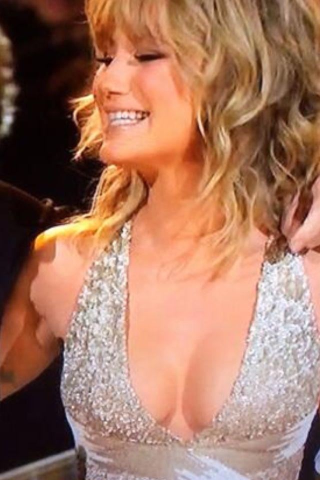 Jennifer nettles boob