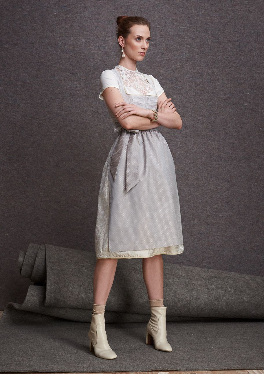 Kinga Mathe Herbst/Winter 2017 | Dirndl Natascha / Artikelnummer 1380-91    Bluse Stella / Artikelnummer 1328-2 |  S❤