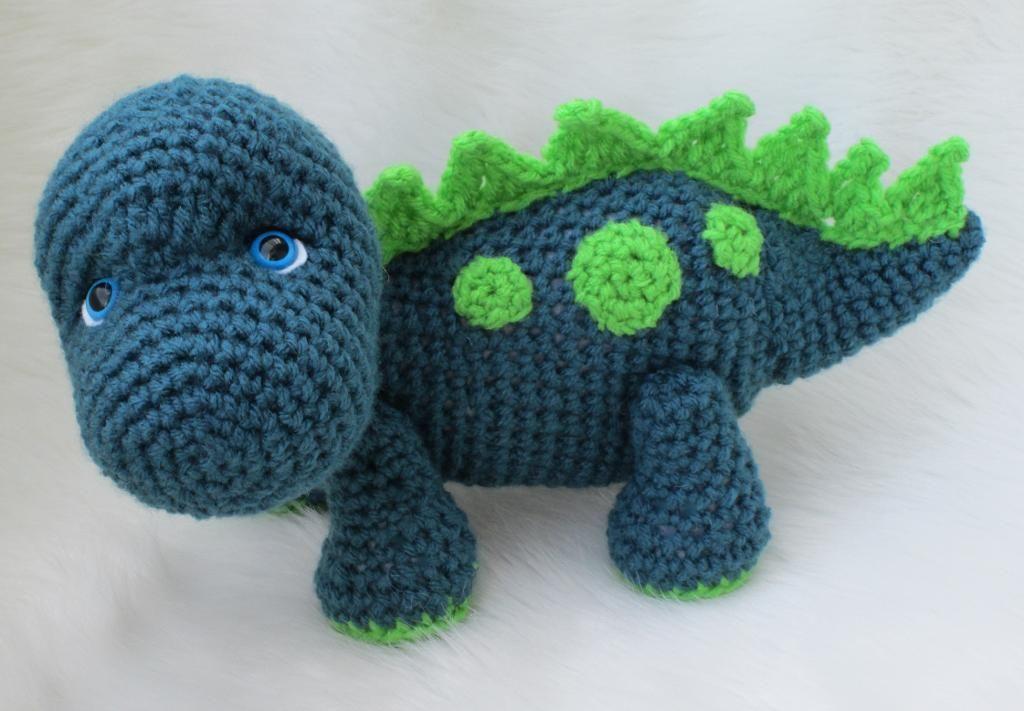 Amigurumi Dinosaur Free Pattern : Dinosaur crochet amigurumi plush in mint green cotton yarn stuffed