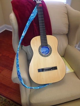Just give me a needle diy guitar strap tutorial sew it up just give me a needle diy guitar strap tutorial sew it up wear it pinterest guitars tutorials and sewing crafts solutioingenieria Images