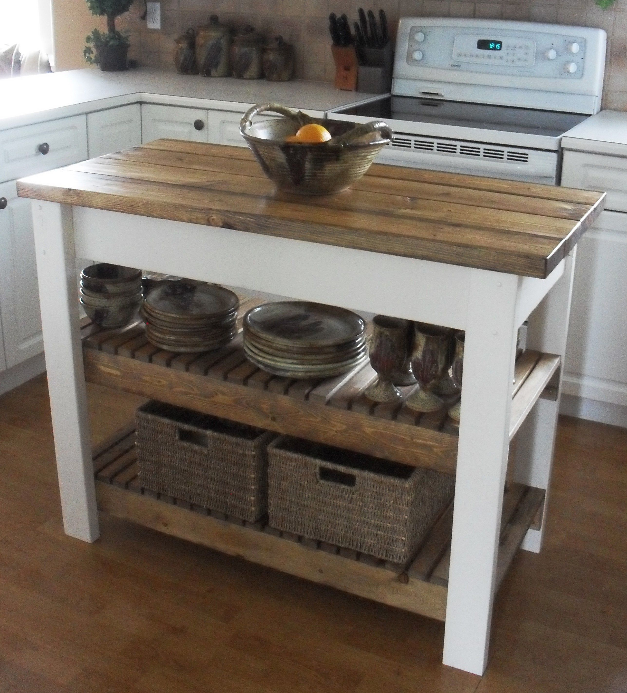 furniture custom free standing kitchen island with 2 fixed shelf for