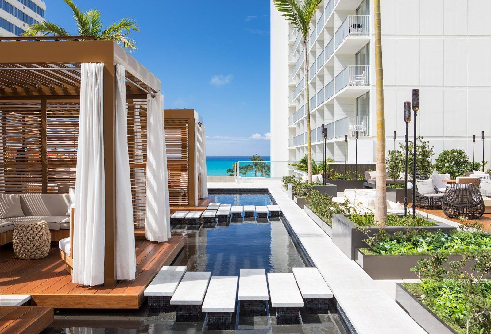 7 most romantic hawaii resorts smartertravel waikiki