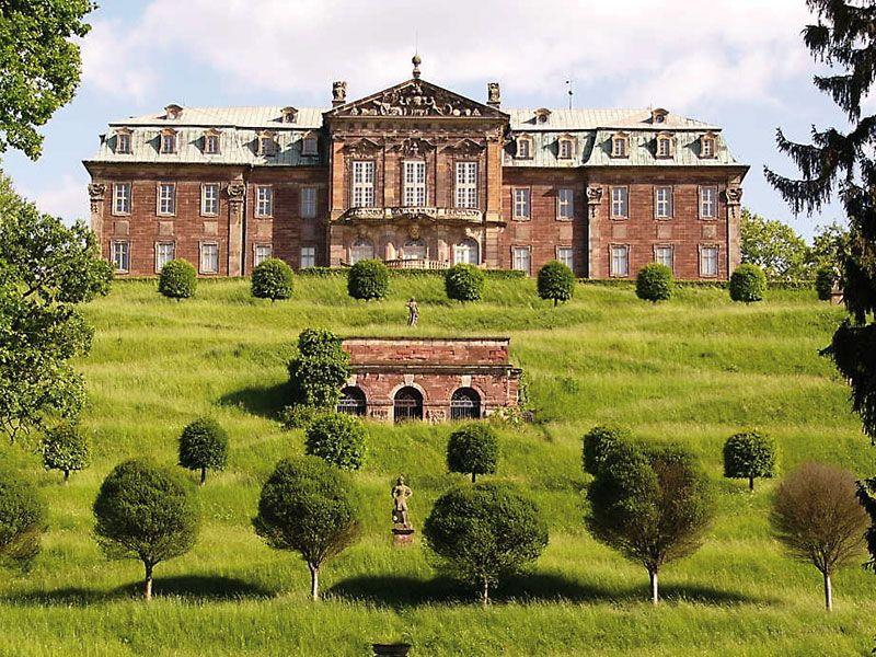 Schloss Burgscheidungen #Schloss #Burgscheidungen #lädt - herrenhaus 12 jahrhundert modernen hotel