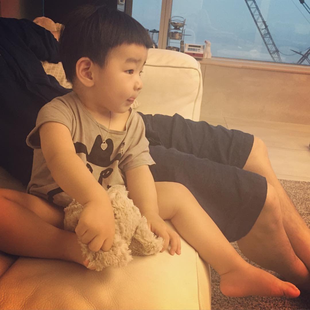 Pin em Baby Dara