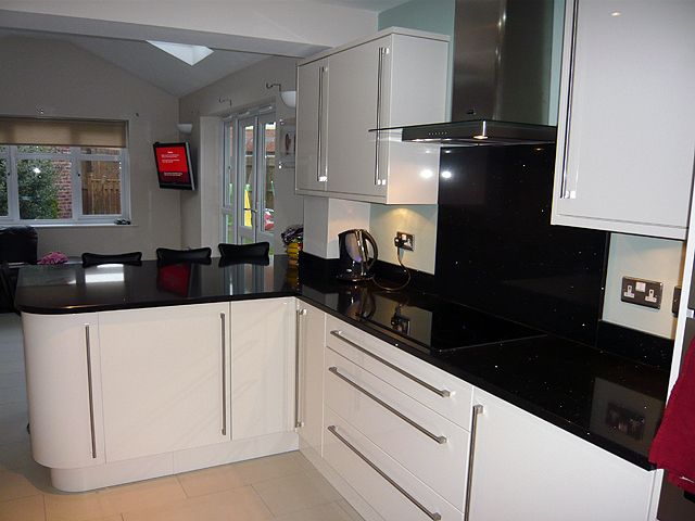Black Silestone Stellar Negro , Black Quartz Worktops With A Mirror  Sparkle. Recently Installed By