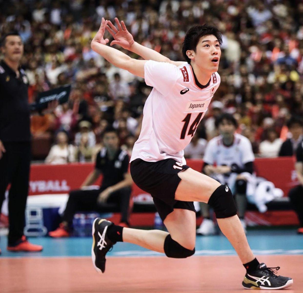 Pin By Anya Abramova On Yuki Ishikawa Human Poses Reference Volleyball Poses Body Poses