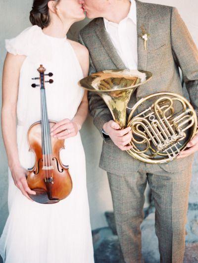 Instrument inspired wedding: http://www.stylemepretty.com/2014/06/16/symphony-wedding-inspiration/ | Photography: Orange - http://orangephotographie.com/