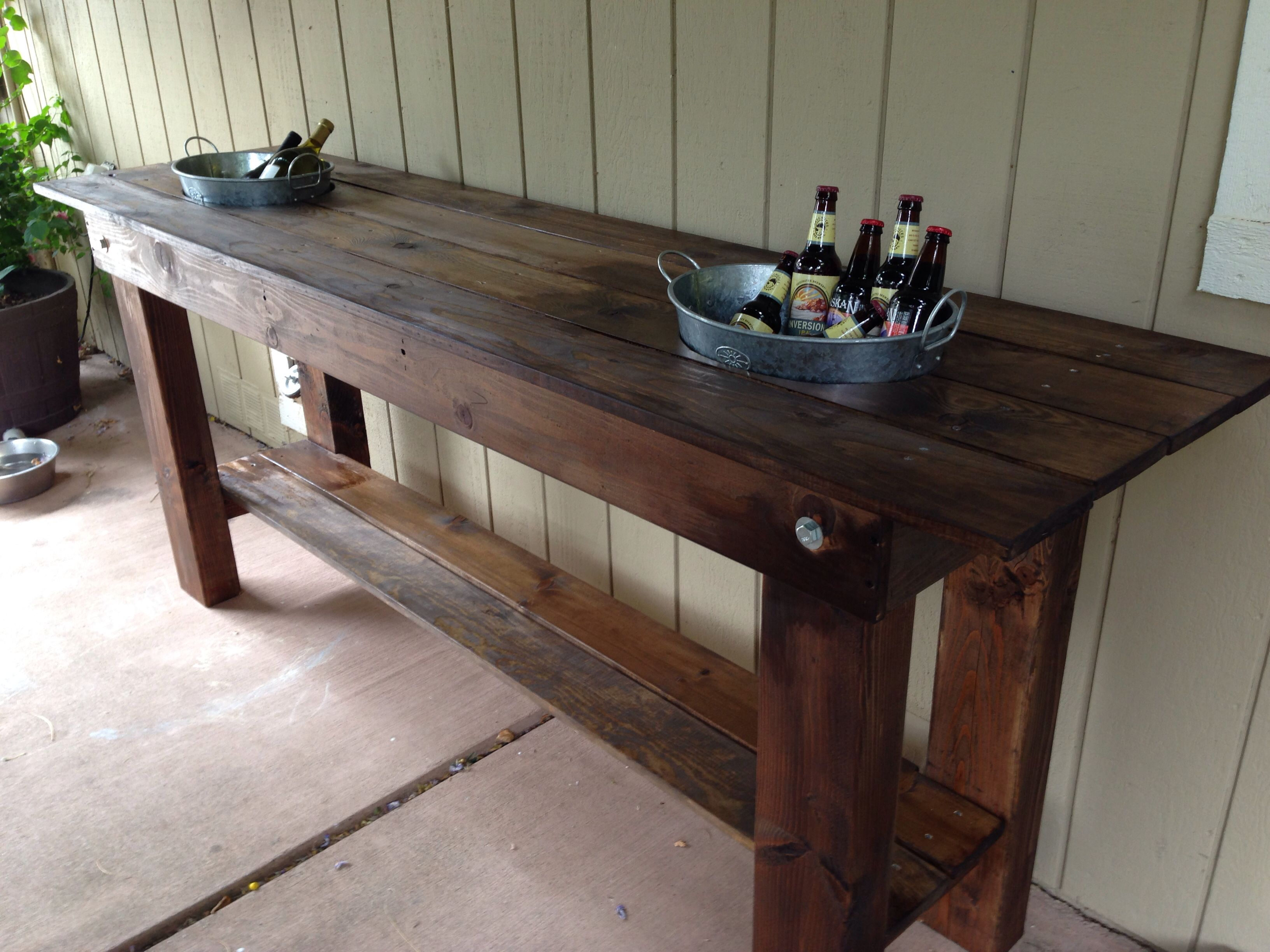 outdoor serving table with built in buckets middle