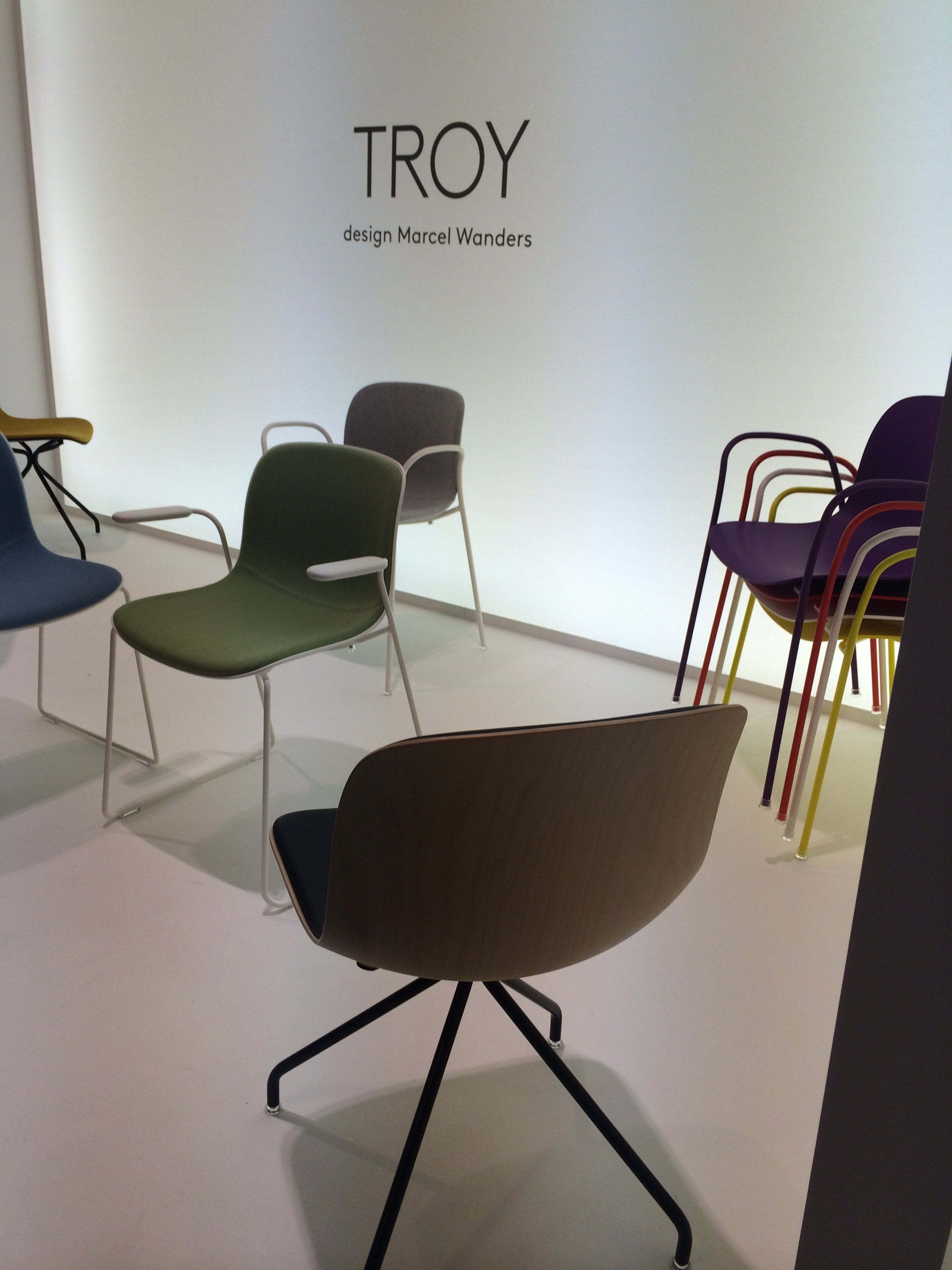 The troy chair by marcel wanders for magis salone del for Troy marcel wanders