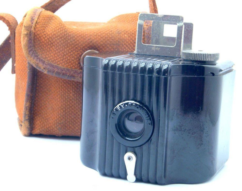 Kodak Baby Brownie Camera US Model 127 Roll Film Camera & Case c1934-41