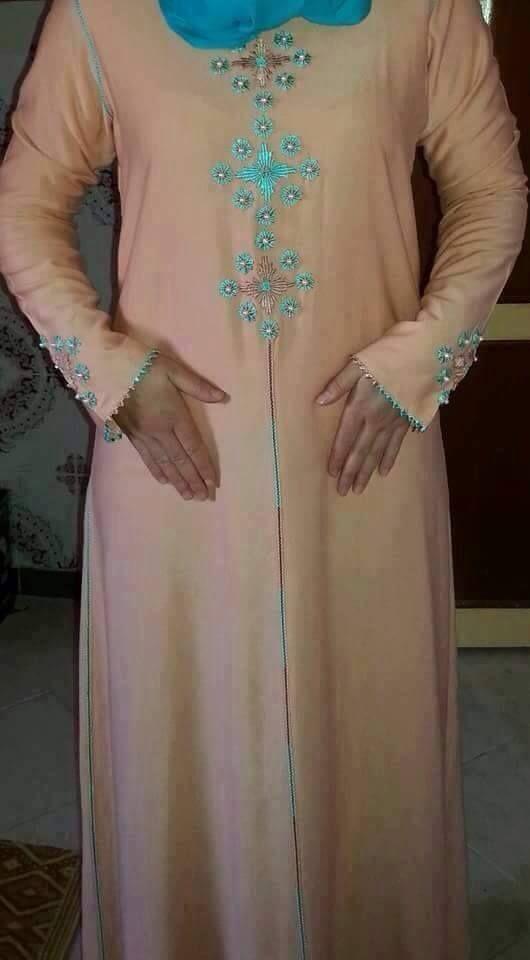 تشكيلة جديدة ديال الجلابة الرومية للعيد ما رأيكن موقع يالالة Yalalla Com عالم المرأة بعيون مغربية Dresses With Sleeves Long Sleeve Dress Fashion