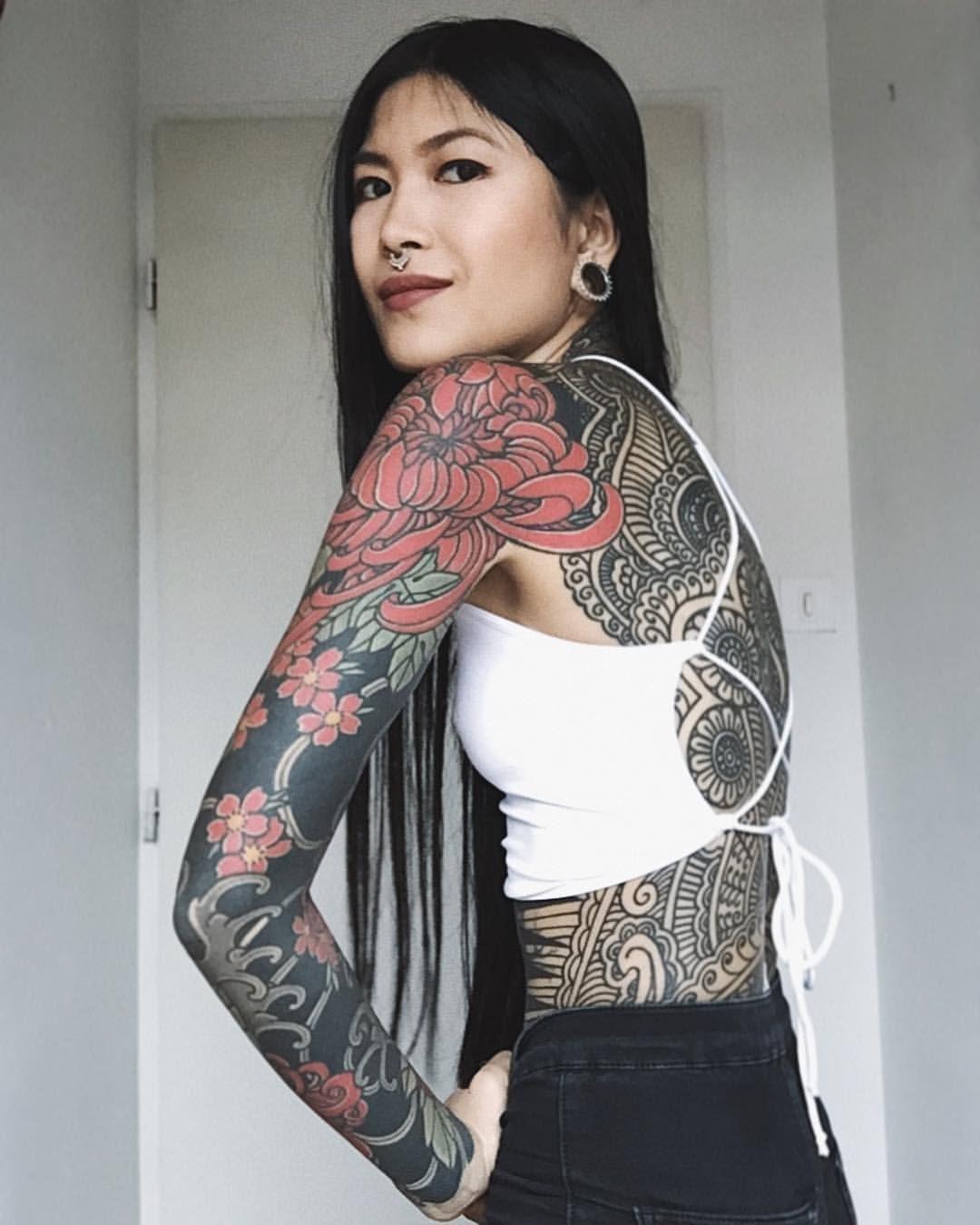 Guy Le Tattooer Tattoosforwomen Body Tattoo For Girl Full Body Tattoo Body Tattoos