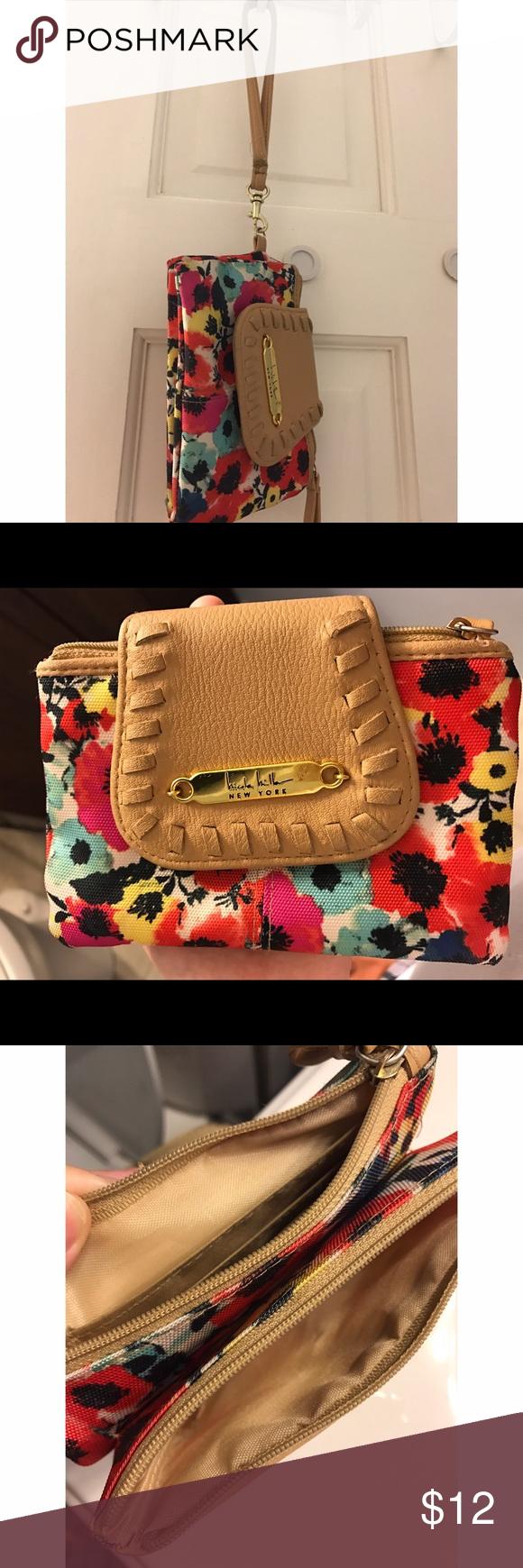 Nicole Miller floral wallet Nicole Miller floral wallet