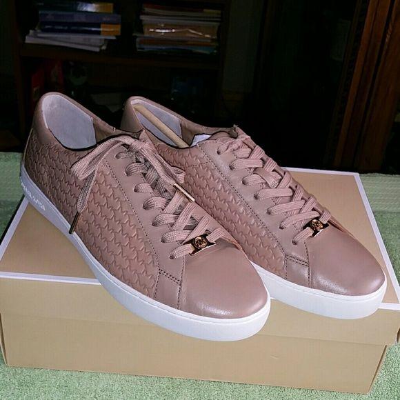 MK sneakers NWT | Michael kors shoes