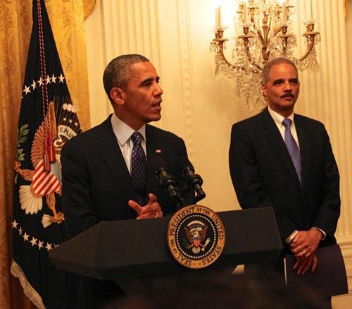 """Obama Promises to """"Stand Alongside"""" Civil Rights Lawyers"""