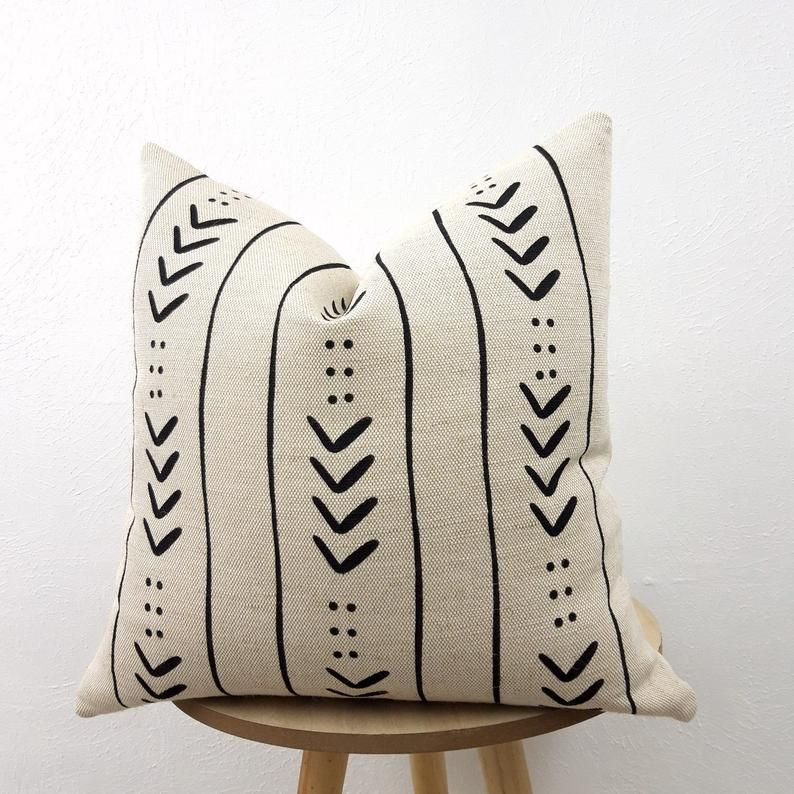 Aztec cover, tribal pattern pillow, decorative pillow cover, Cream Pillow Cover 18x18, pillow natural material jute/cotton, African pattern