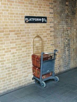 Platform 9 3 4 Harry Potter Platform Dating In London Wales England