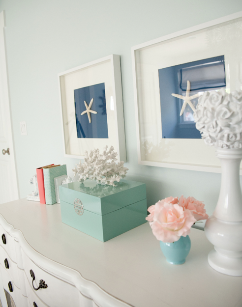 DIY starfish art—perfect for a beach themed room!